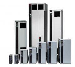 131U0413 Danfoss VLT FC-102 HVAC Drive 355 KW / 500 HP, 380 - 480 VAC, IP54